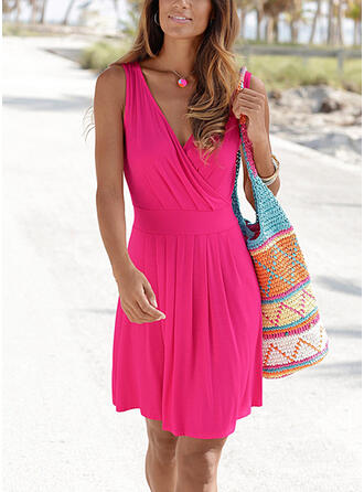 Solid Sleeveless A-line Above Knee Casual/Vacation Skater Dresses