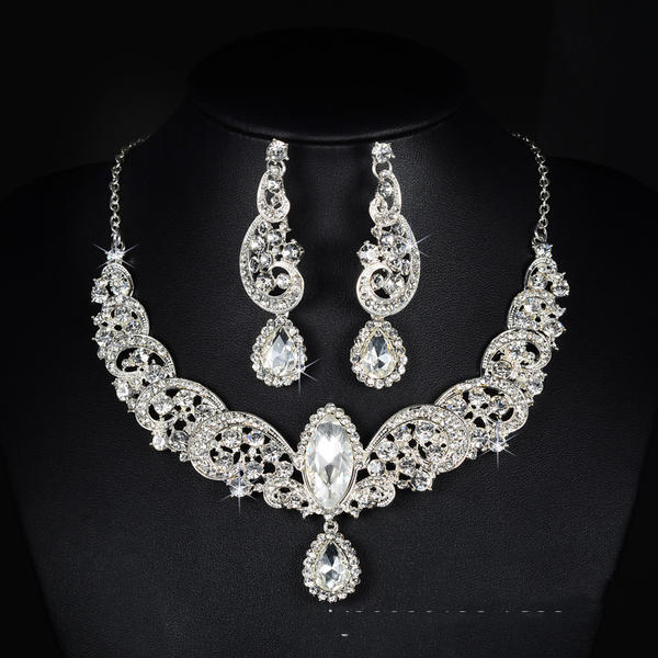Beautiful Alloy Rhinestones With Rhinestone Ladies' Jewelry Sets