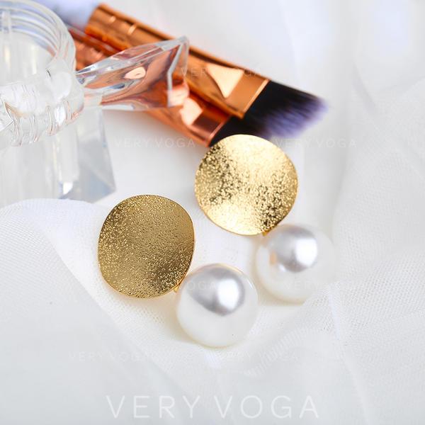 Beautiful Alloy Imitation Pearls Women's Earrings (Sold in a single piece)