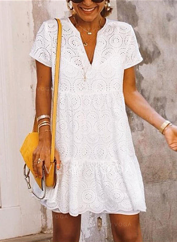 Solid Short Sleeves Shift Above Knee Casual/Vacation Dresses