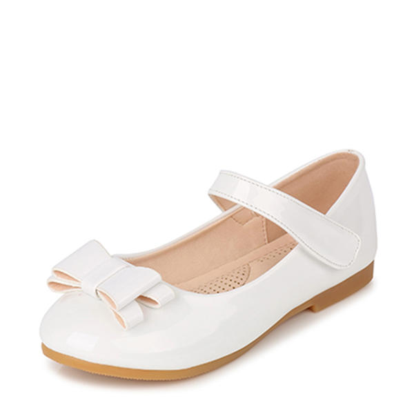 Girls patent leather flat heel closed toe flats flower girl shoes mightylinksfo