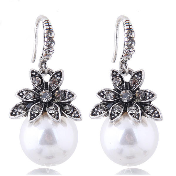 Flower Shaped Alloy Rhinestones Imitation Pearls Women's Earrings