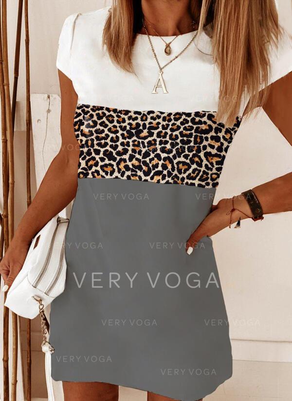 Color-block/Leopard Korte ærmer Shift Over knæet Casual T-shirt Kjoler