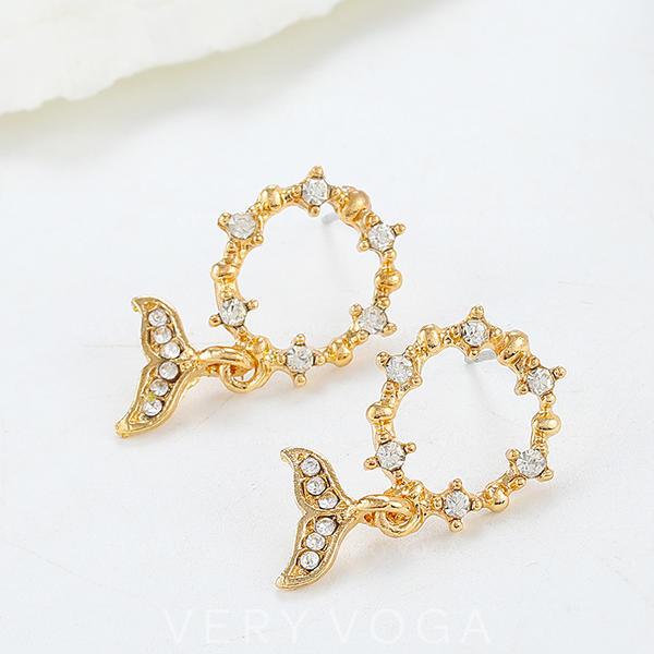 Stylish Alloy Rhinestones With Rhinestone Earrings