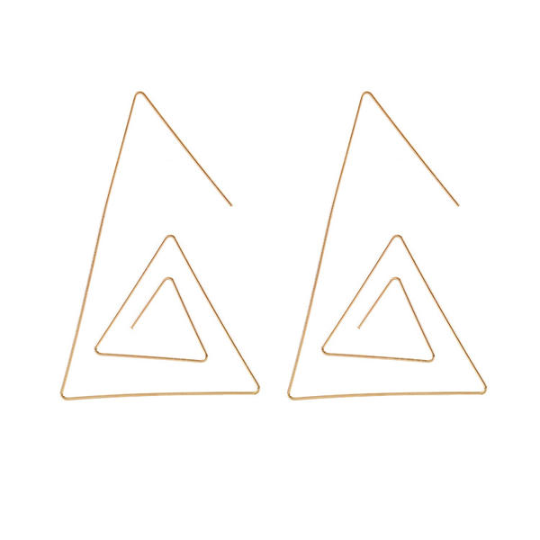 Chic Alloy Women's Fashion Earrings