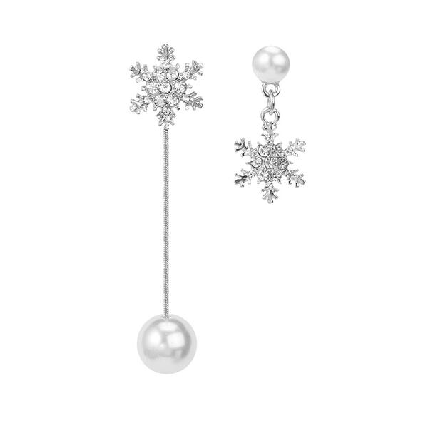 Flocon de neige Alliage Strass De faux pearl Femmes Boucles d'oreilles 2 PCS