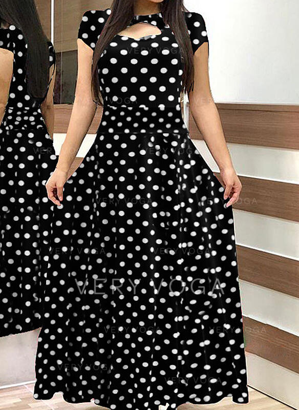 PolkaDot Short Sleeves A-line Casual/Plus Size Maxi Dresses