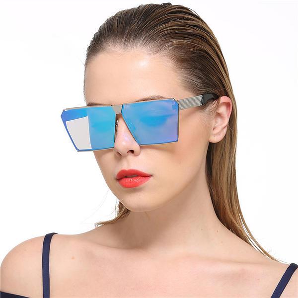 UV400 Elegáns Klasszikus Napszemüveg