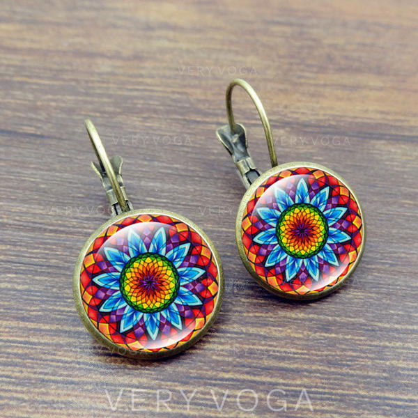 Gorgeous Fashionable Exotic Paper Alloy Glass Earrings