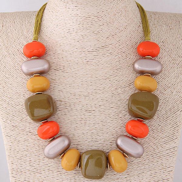 Fashionable Alloy Resin Ladies' Fashion Necklace