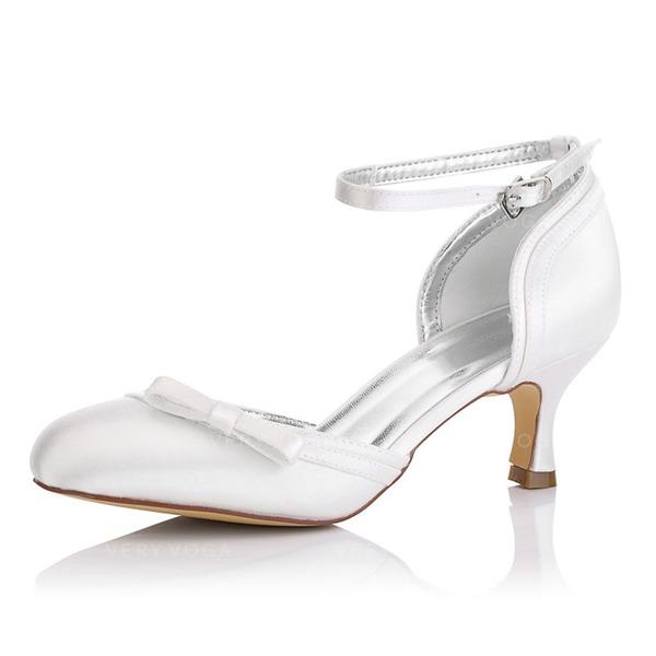 Frauen Satin Spule Absatz Geschlossene Zehe Absatzschuhe Färbbare Schuhe