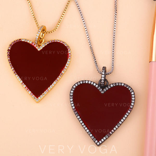 Exotic Chic Alloy Necklaces