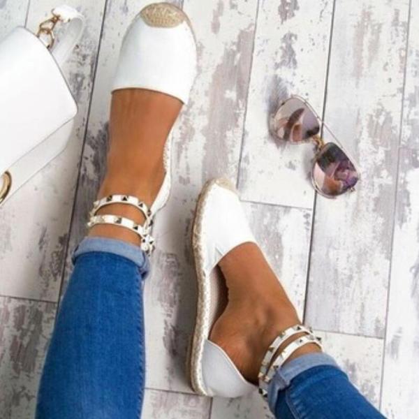 Vrouwen Kunstleer Low Heel Sandalen met Klinknagel schoenen