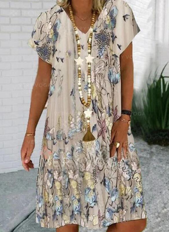フローラル/アニマルプリント 半袖 シフトドレス 膝丈 カジュアル Tシャツ ドレス