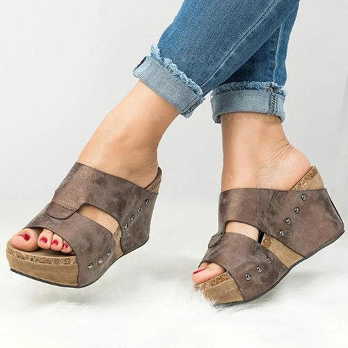 Women's PU Wedge Heel Wedges With Rivet shoes