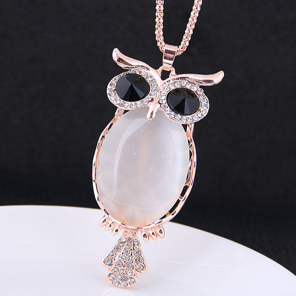 Fashionable Alloy Rhinestones Ladies' Fashion Necklace