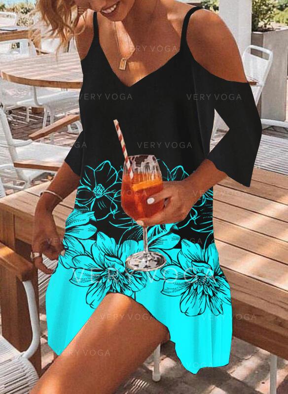 Imprimeu/Floral/Renkli klişe Măneci Trei Sferturi Soğuk omuz kılıfı Shift Elbiseleri Deasupra Genunchiului gündelik/Tatil Tunică Elbiseler