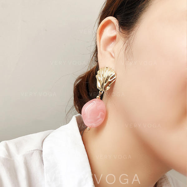Fashionable Exotic Stylish Alloy Resin Women's Earrings