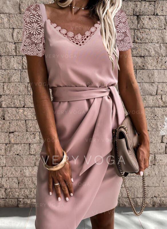 Sólido Encaje Manga Corta Cubierta Sobre la Rodilla Elegante Vestidos
