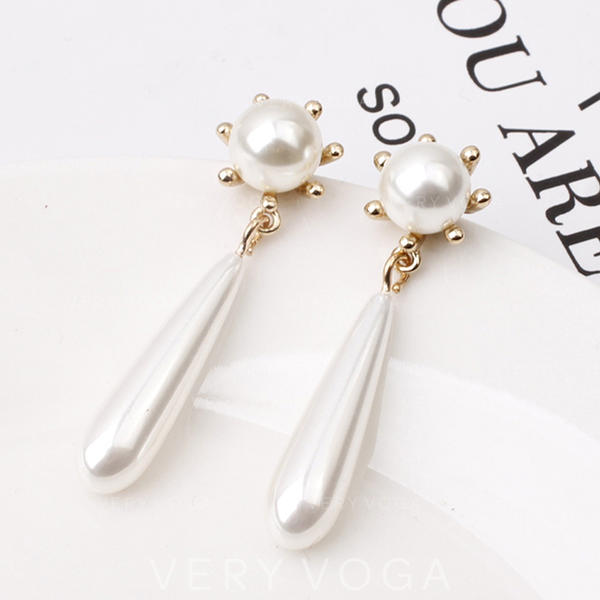 Fashionable Alloy Imitation Pearls Women's Earrings