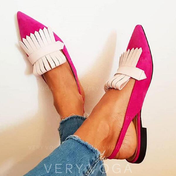 Mulheres PU Salto robusto Sem salto Dedo pontudo com Oca-out sapatos