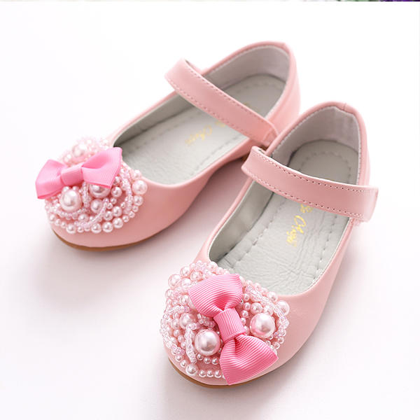6290278c8c5 Girl s Leatherette Flat Heel Closed Toe Flats Flower Girl Shoes With  Bowknot Imitation Pearl Velcro