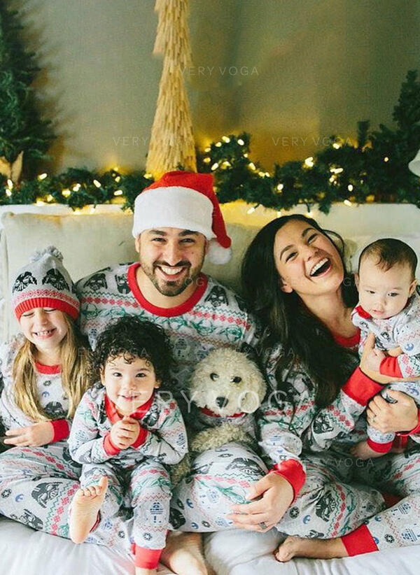 Print Family Matching Christmas Pajamas