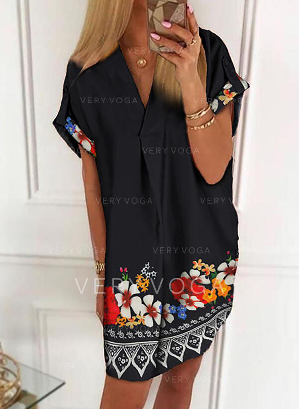 Solid Short Sleeves Shift Above Knee Casual/Boho Dresses