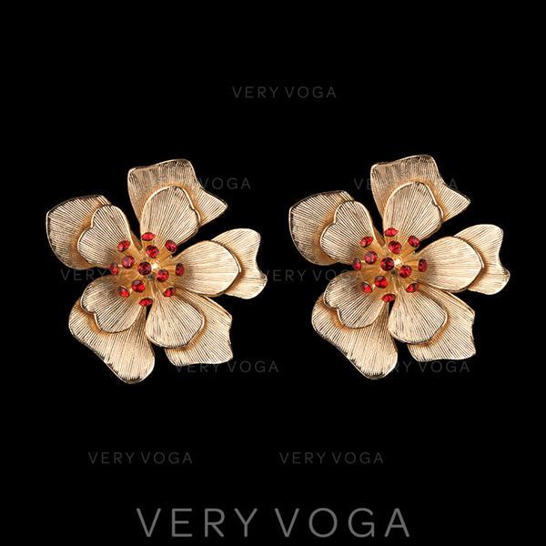 Exquis Coloré Alliage avec une fleur Femmes Boucles d'oreilles